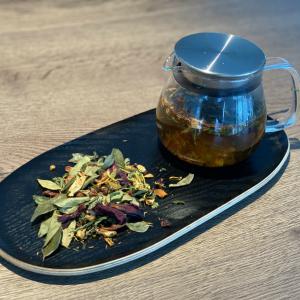 Apple flower tea